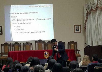 Dr. Ari Melo Mariano